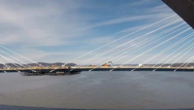 The final gap has been closed between the east and west sections of the new Tappan Zee Bridge's westbound span March 30, 2017. This makes the connection complete between Rockland and Westchester.