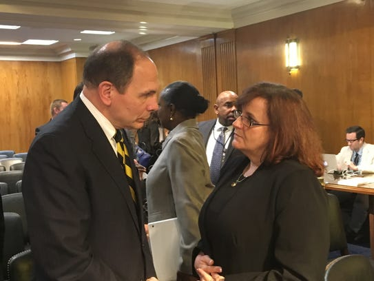 VA whistleblower Germaine Clarno confronts Secretary