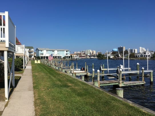 The Assawoman Bay bumps up to a neighborhood off of