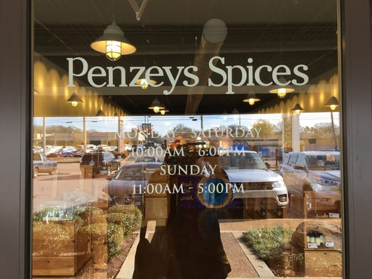 Get Free 1/2-Cup Jar of Penzeys Natural Cocoa When You Spend $5 at Penzeys Spices Details: *Penzeys Cocoa Offer Details Limit one free 1/2-cup jar of Penzeys Natural Cocoa per household during run of promotion. $5 spending required.