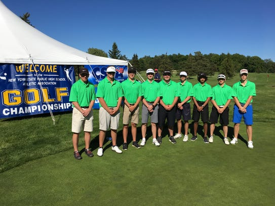 Representatives of Section 9 at the boys golf state