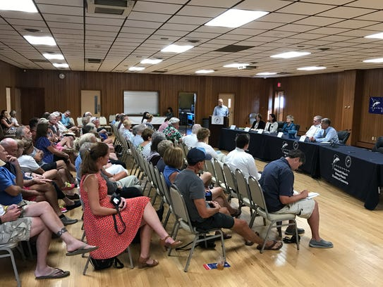 Rehoboth Beach mayoral candidates and commissioner