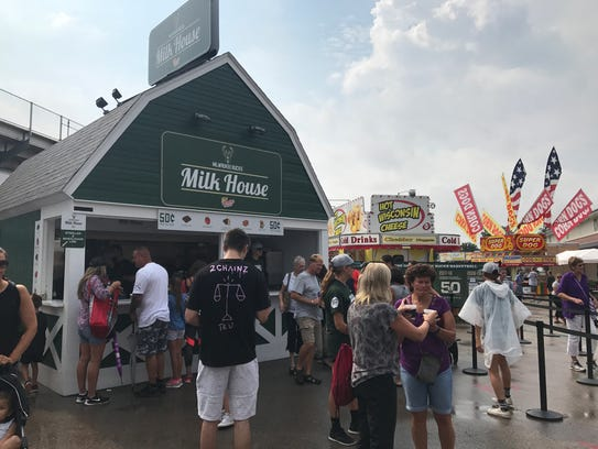 Thirsty people visit Wisconsin State Fair's Milk House