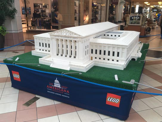 Large replicas of American landmarks made entirely