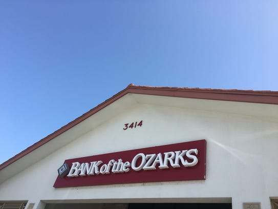 Police search for a suspect in the robbery of Bank of the Ozarks branch at 61 Hancock Bridge Parkway W., Cape Coral.