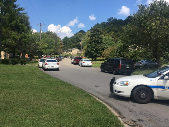 Metro Nashville police responding to a barricaded subject