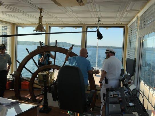 Travel Channel star Andrew Zimmern helps Showboat Branson