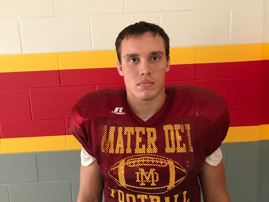 Mater Dei all-state defensive end Michael Boots
