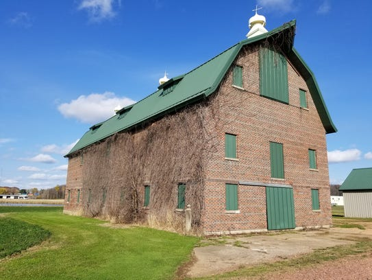 A current barn on the site of the old Norwood County