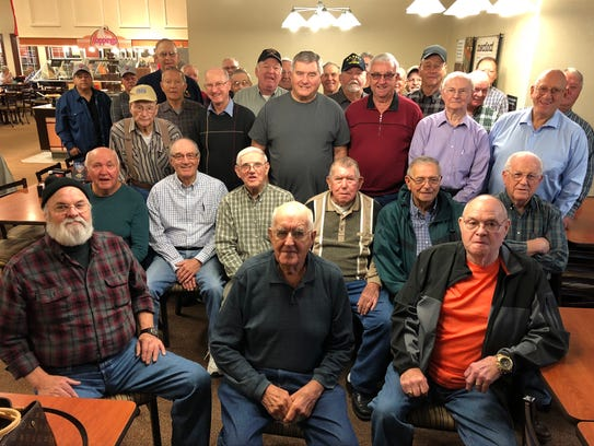 Breakfast meeting – The retired employees of Emge Packing