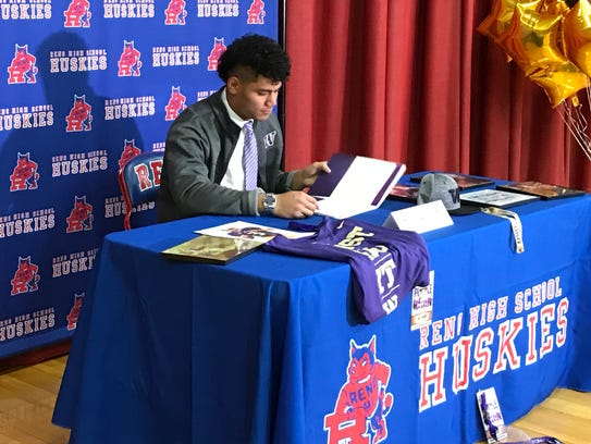 Reno High senior Ale Kaho signs with Washington for