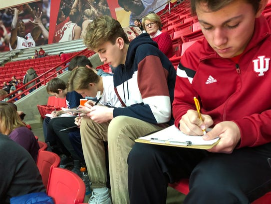 Students learned to chart shots during a Ball State