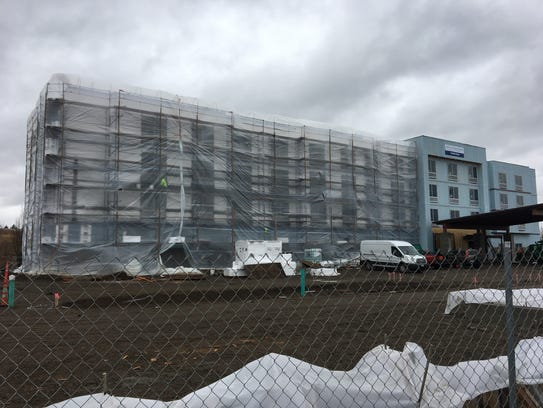Construction of a new hotel at 6150 Keizer Station