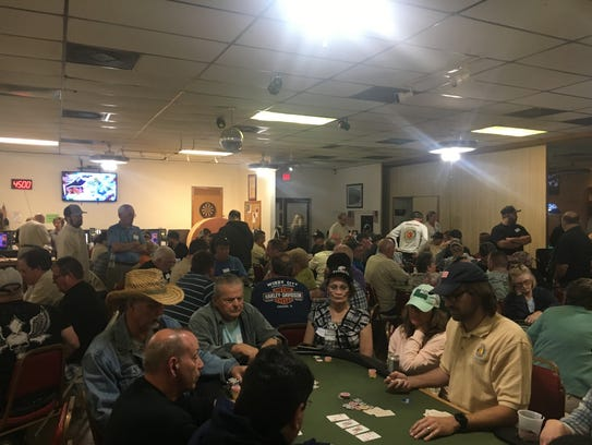 More than 100 poker players participated in the Vietnam