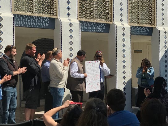 Interfaith leaders show their support for the Islamic