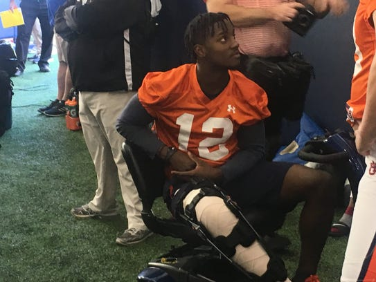 Auburn wide receiver Eli Stove, who suffered a torn