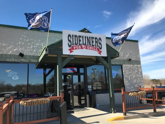 Sideliners Pub & Grill is located just off of the intersection