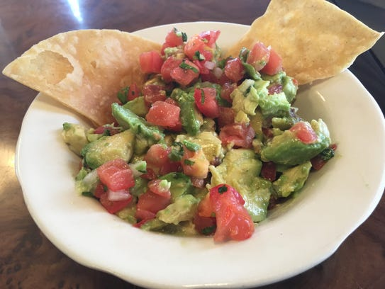 Guacamole and chips at Las Delicias.