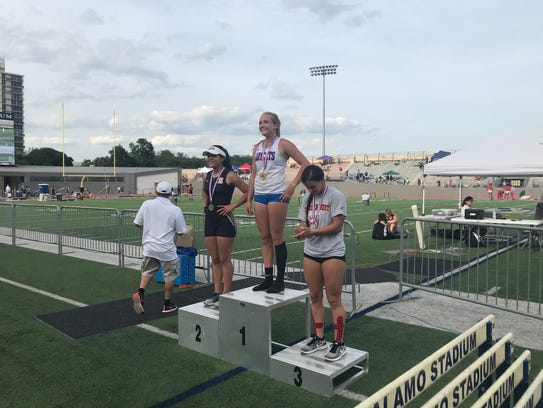 Gregory-Portland's Riley Floerke won the girls pole