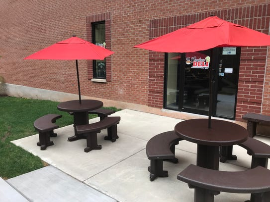 Outdoor seating at Downtown Deli to Go will expand