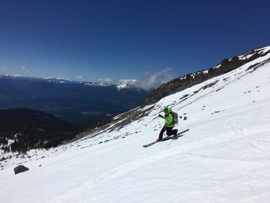 Daniel Ellsworth of Reno, Nev., makes a turn on Mt.