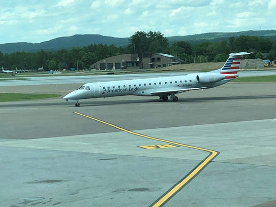 American Airlines' first direct flight to Burlington