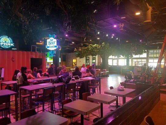 The park new phoenix venue blends food court beer for Food bar garden
