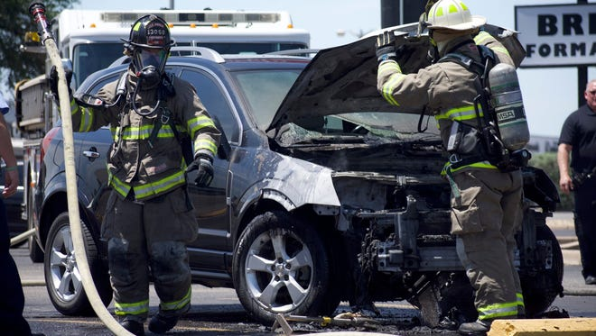 Woman S Suv Bursts Into Flames On Knickerbocker Road