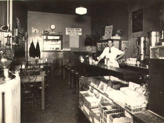 Diner - Pt. Huron, MI 1928