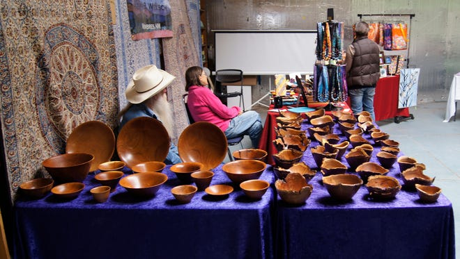 The Silver City Food Co-Op held an Artisan Market on Saturday at the Market Cafe, featuring the handiwork of local residents. Between the beautiful Spring weather and the numerous shops on Bullard Street, downtown Silver City was crowded with shoppers and visitors.