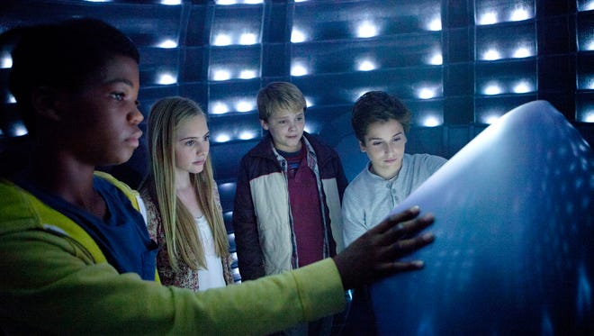 """Brian Bradley, Ella Linnea Wahlstedt, Reese Hartwig and Teo Halm star in """"Earth to Echo."""""""