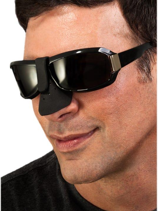 nose-guard-model-w.jpg