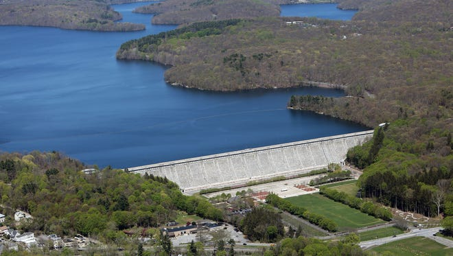 A federal lawsuit claims that Westchester County violated an EPA decree by not testing drinking water for a dangerous parasite, including water from teh Kensico Reservoir.
