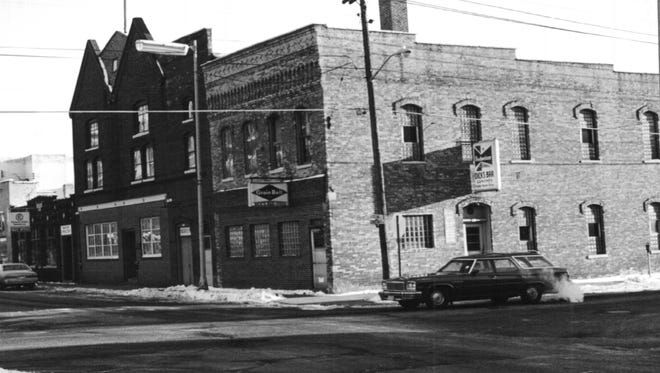 This is how the buildings on the corner of Second Street and Chestnut Avenue looked in the 1960s, and today is the Post Office parking lot.