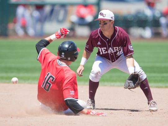 Missouri State second baseman John Privitera attempts