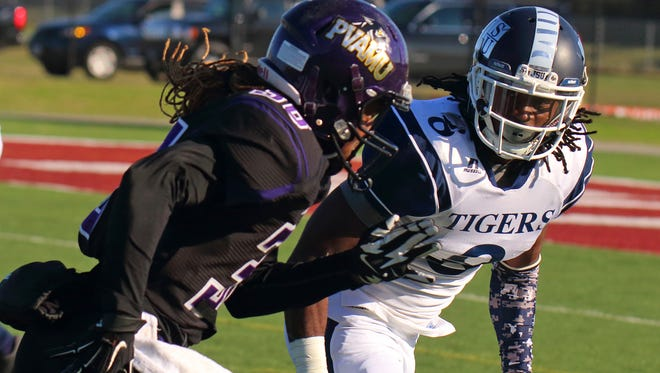 Robert Porter (8) benched 225 pounds 22 times during Jackson State's pro day on Wednesday.
