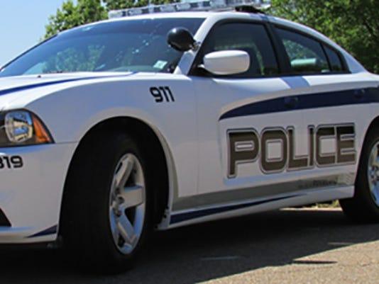 635538834262950263-Ridgelang-police4