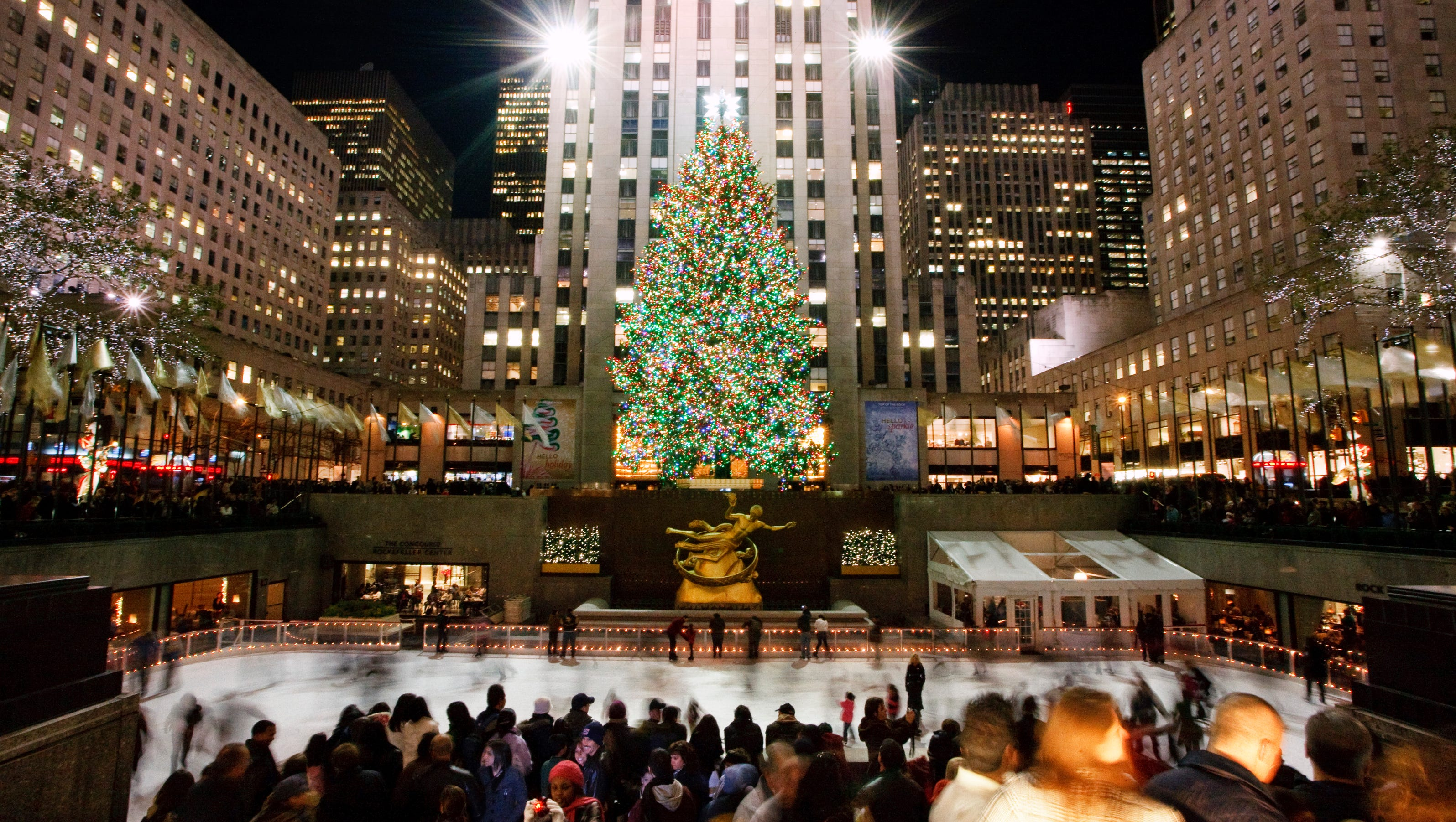 10Best: Places to see holiday lights in NYC