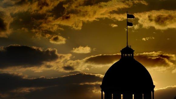 The Alabama Legislature faces major issues as it begins the 2015 Regular Session
