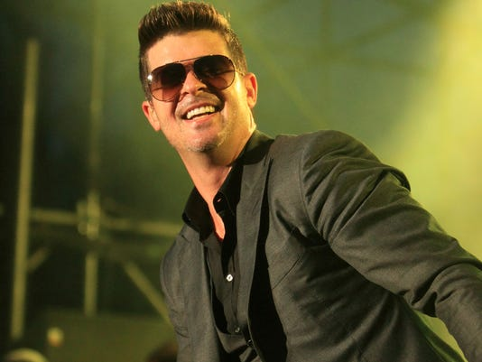 Robin Thicke, Vampire Weekend rock Virgin FreeFest