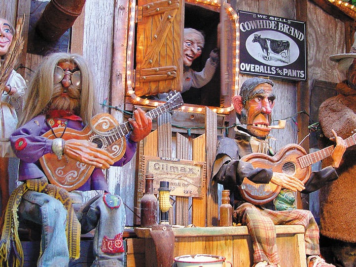 New Mexico: Tinkertown Museum, Sandia Park: The Tinkertown