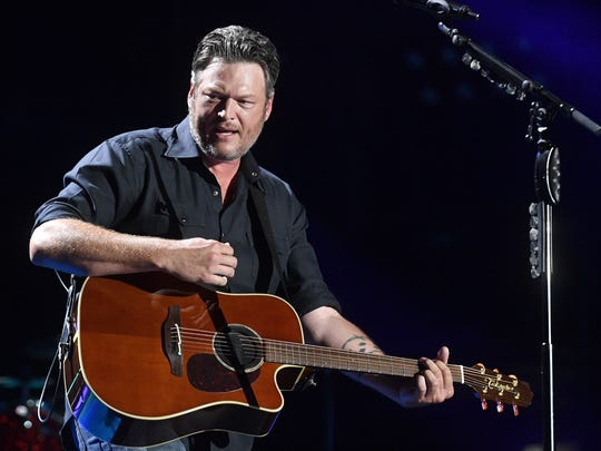 Blake Shelton performs at the CMA Music Festival on