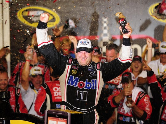 2-4-2016 tony stewart daytona success