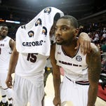 Gamecocks men face another must-win on Senior Day