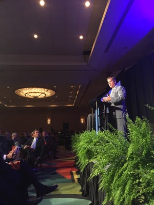 Mayor Karl Dean is the sixth  recipient of the Jeannie R. Hastings Vision Award from the Nashville Downtown Partnership.