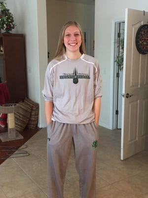 Fossil Ridge's Sami Steffeck is the Coloradoan's Female Athlete of the Week.