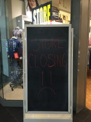 Sign at Aeropostale store in Melbourne Square mall.