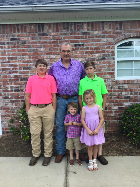 636332111693488827-Parkerfamily2.png