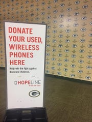 Verizon and the Green Bay Packers will collect old cell phones and accessories before the Oct. 22 game versus the New Orleans Saints. The donations will help support Verizon's HopeLine program.