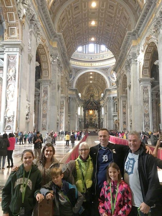 636518191570885710-Vatican.JPG